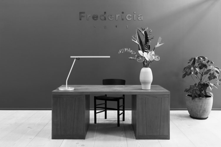 copen_hagen_agency_creative_fredericia_furniture_showroom_art_direction_interior_design_børge_mogensen_j39_chair_01